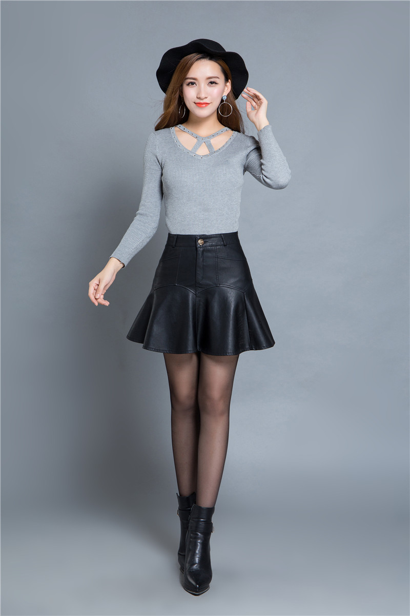 Shemale Leather Skirt