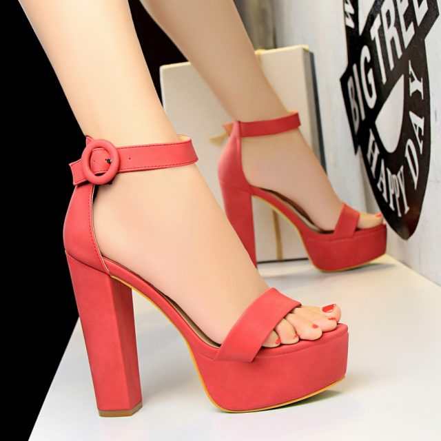 2018 Women Classic 13cm Block High Heels Fetish Suede Platform Sandals Female Chunky Summer Shoes Lady Nude Sexy khaki Red Pumps