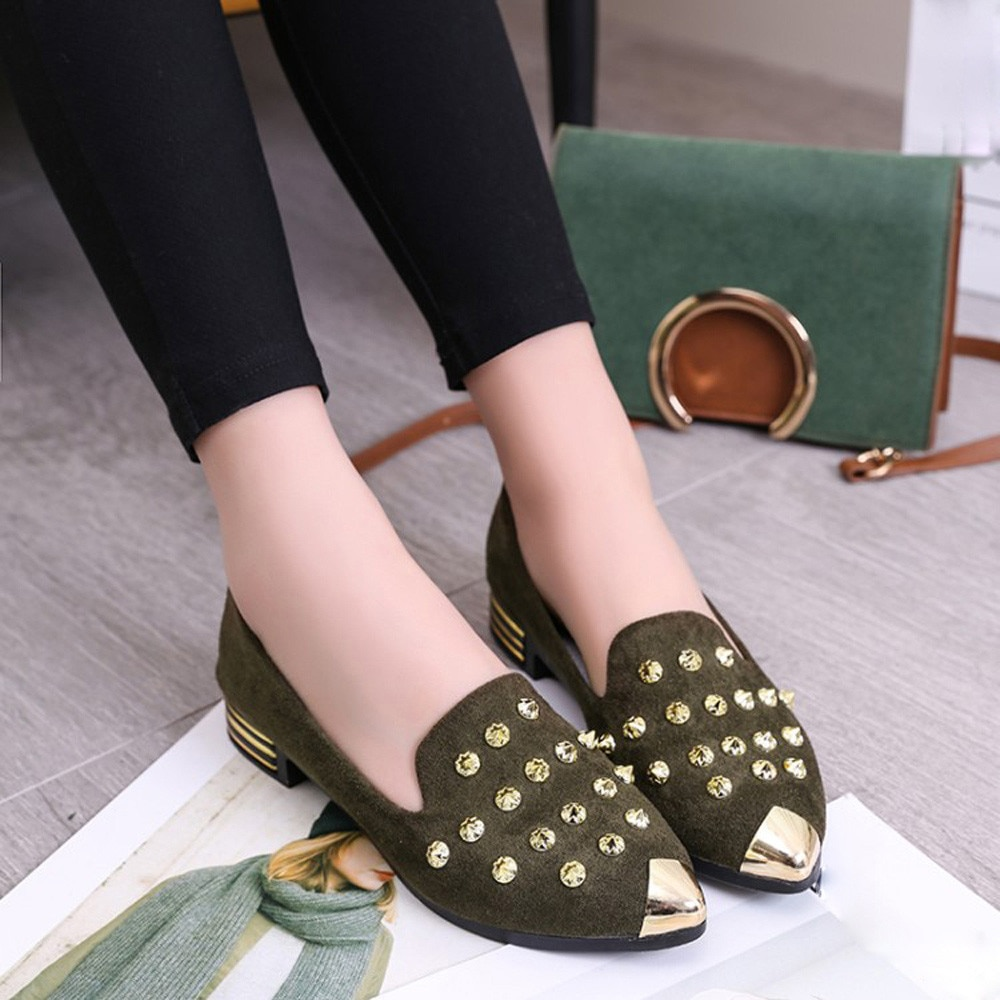 Women's Shoes Fashion Pointed Toe Girls Rivet Flats Spring Autumn Sexy Women Loafers Shoes Woman Flat Ladies Low Heel Rivet