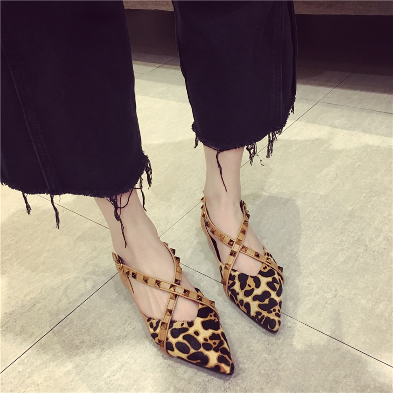 Fashion Brand Leopard Party Shoes Women Pointed toe Flat Boat Shoes High Quality Women's Flats Sexy Ladies Rivets Shoes A075