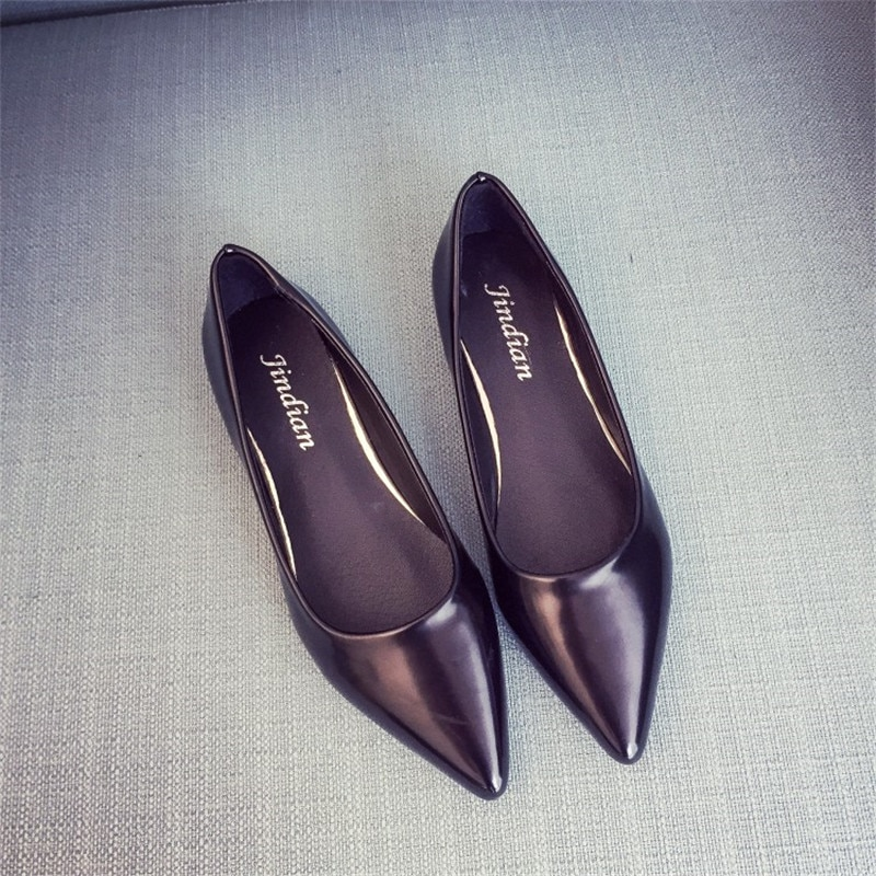 2016 spring and autumn career japanned leather single shoes sexy flat shallow mouth pointed toe flats black nude color