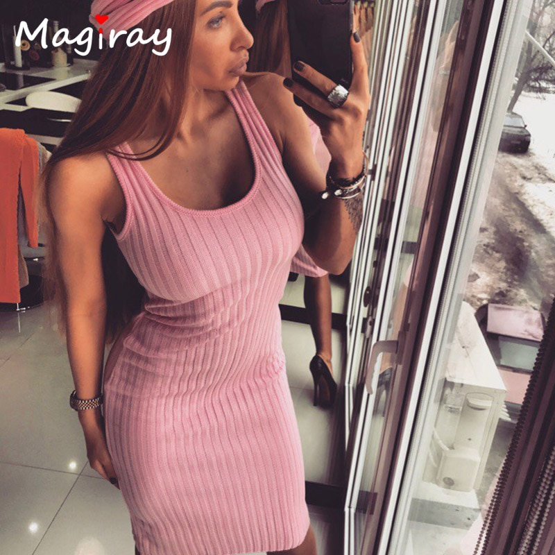 Sexy Sleeveless Knitted Tank Dress Women Knee Length Bodycon Dresses Summer 2019 Slim Scoop Neck Ribbed Robe Femme Sundress C417