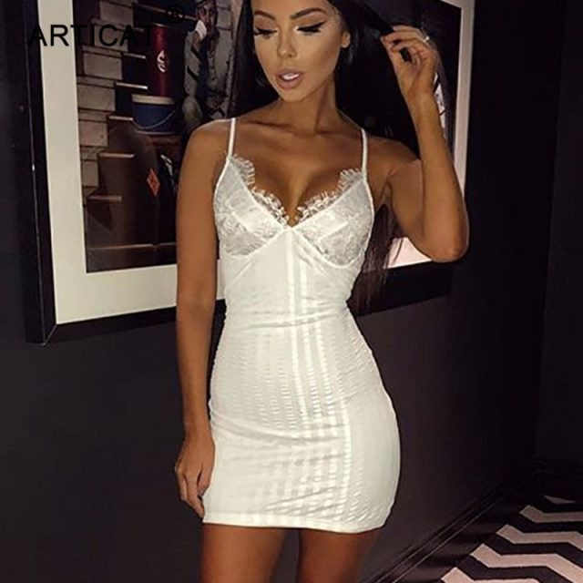 Articat White Spaghetti Strap Sexy Women Lace Dresses Deep V Neck Backless Sheath Bodycon Dress Short Club Party Dress Vestidos