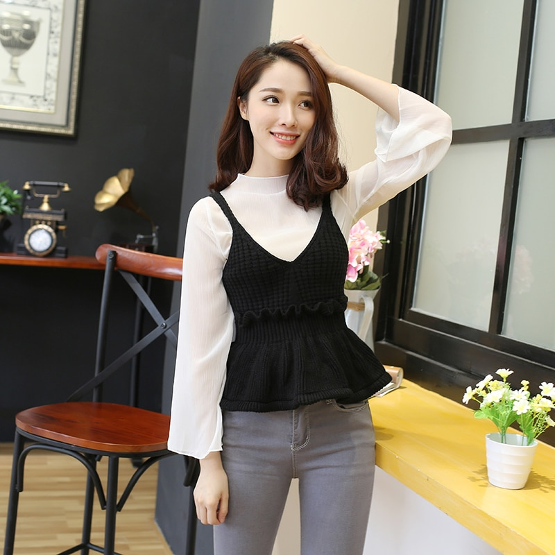 Sexy Stretchable Knit V Neck Crop Cami Tops Autumn Style 2018 Vogue Plain Women Sexy Spaghetti Strap Camisole Tank Shirt