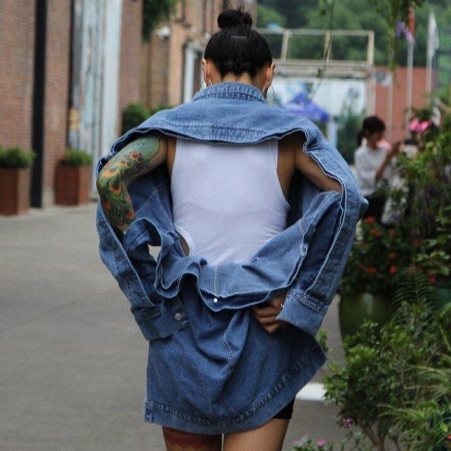 TWOTWINSTYLE Backless Coat Female Denim Irregular Patchwork High Waist Belt Long Sleeve Jacket Women Fashion Sexy Autumn Clothes